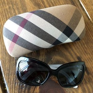 Burberry B4074 3169/87 Sunglasses